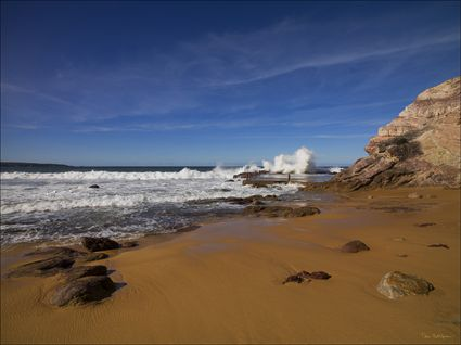 Aslings Beach - Eden - NSW SQ (PBH4 00 8548)